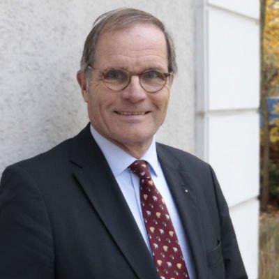 Dr. Michael Schöne